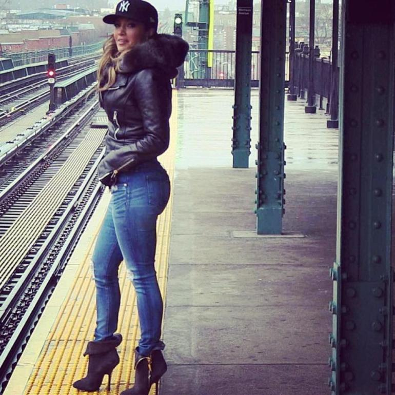 jennifer-lopez train